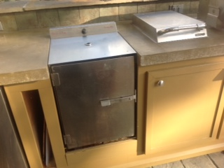SmokinTex bbq smoker builtin