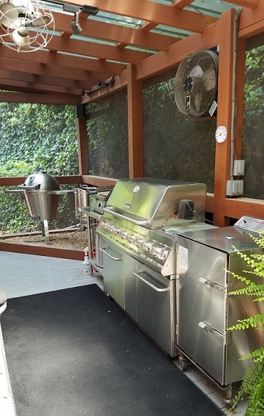Model 1500 Outdoor Kitchen