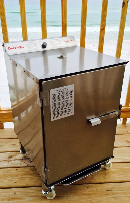 SmokinTex Electric BBQ Smoker1400 beach